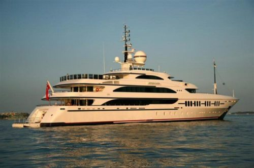 213' 2006 Benetti Ambrosia | $50,000,000 - Exterior Starboard Aft