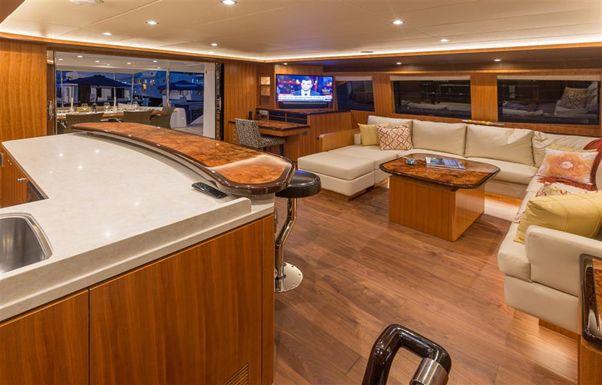 60' Horizon Seaglass  60 2016 - Interior 1