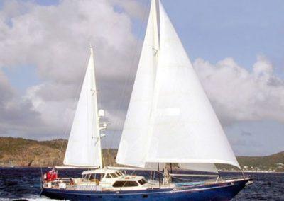 89' 1986 Thackwray Yachts | US $1,167,278