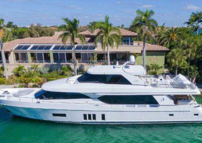 100' 2017 Ocean Alexander 100 Motor Yacht | US $8,995,000