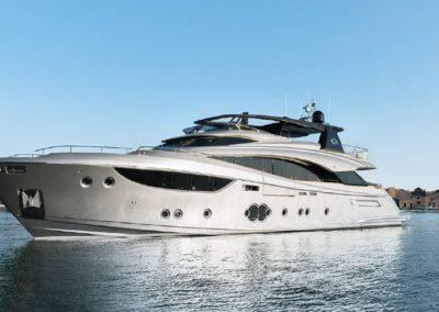 105' 2017 Monte Carlo Yachts 105 | US $ ???