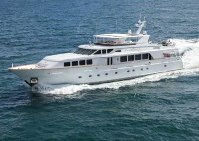 124' 2003 Trinity Yachts 124 | US $5,795,000