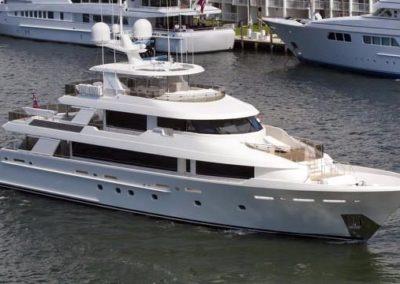 130' 2014 Westport Westport 40m | US $17,495,000