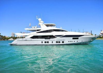 140' 2016 Benetti Veloce 140 | US $18,750,000