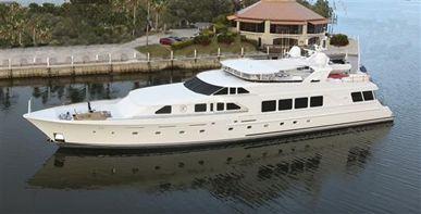 141' 2000 Christensen Yachts Motoryacht | US $8,995,000