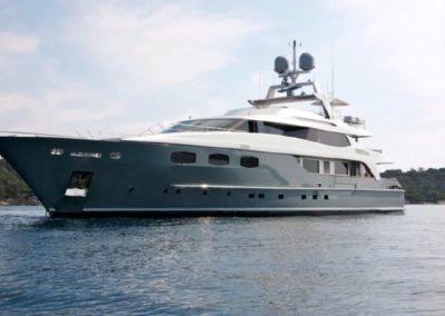141' 2006 Baglietto 43 M | US $11,193,850