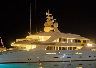 161' 2012 Acico | US $18,846,270