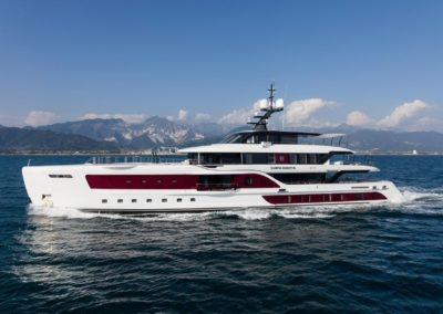 180' 2016 Admiral | US $34,500,000
