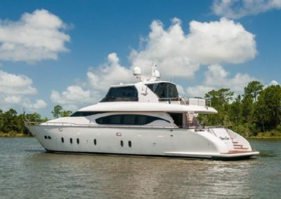 84' 2015 Maiora 84 Motor Yacht | US $3,900,000