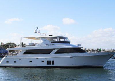 85' 2012 Ocean Alexander 85 | US $3,945,000