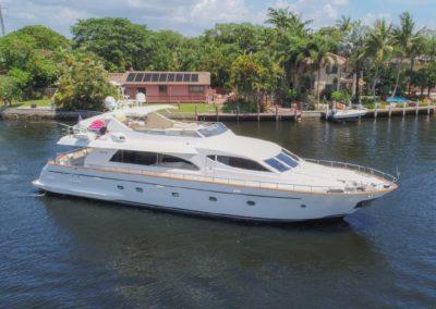 86' 2003 Falcon | US $990,000