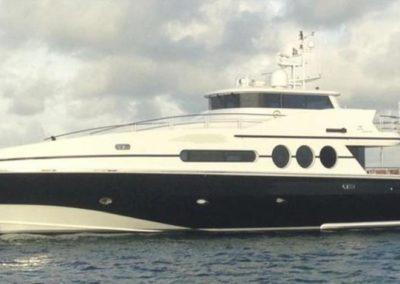 87' 2000 Oceanfast 87 | US $ 1,700,000