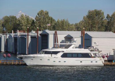 88' 2006 Jack Sarin Custom 88 | US $2,499,000