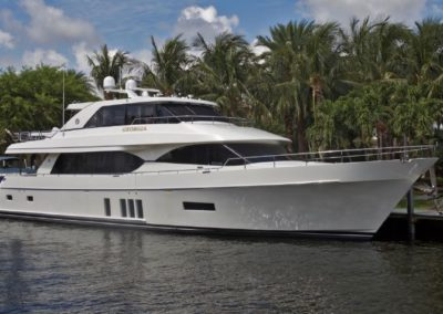 90' 2016 Ocean Alexander 90 Motor Yacht | US $6,499,999