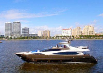 92' 2010 Riva 92 Duchessa | US $3,900,000