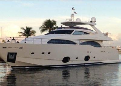 97' 2010 Ferretti 97 Custom Line | US $4,750,000