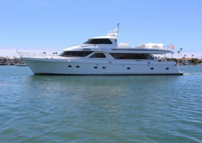98' 2009 Ocean Alexander Motor Yacht | US $4,850,000